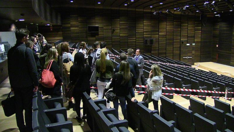 Alumnos y profesores durante la visita a las oficinas de la OAMI. 3rd Mobility Meeting, Spain