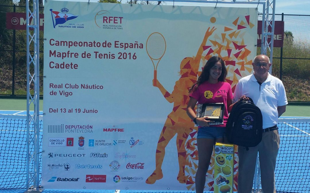 Lucía Cortez, campeona de España de tenis en cadete