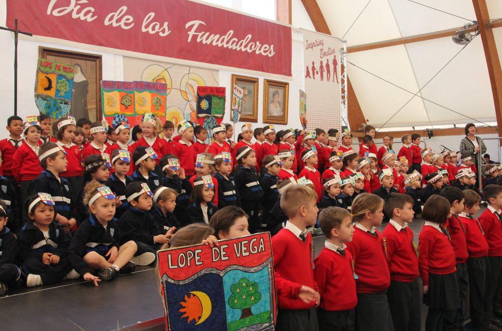 El Colegio recuerda a sus Fundadores en su 60 Aniversario desde la internacionalidad y la música