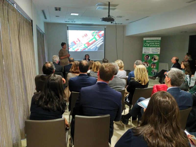 Participación en el 10º Benchmarking de CICAE sobre internacionalidad